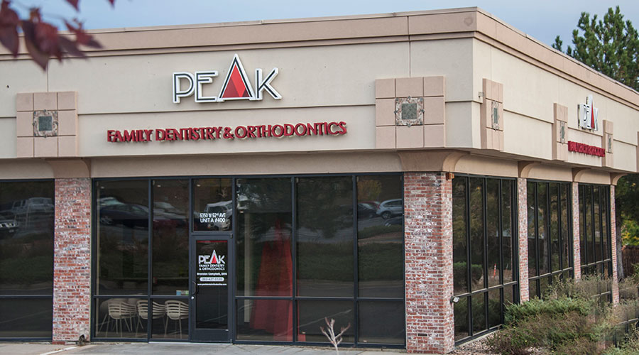 Outside view of Peak Family Dentistry & Orthodontics