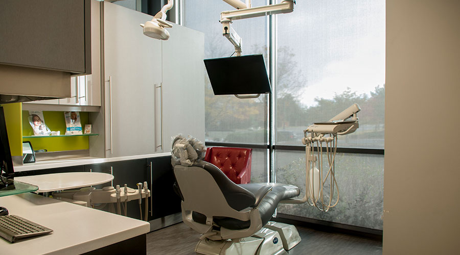 Comfortable state-of-the-art dental treatment room